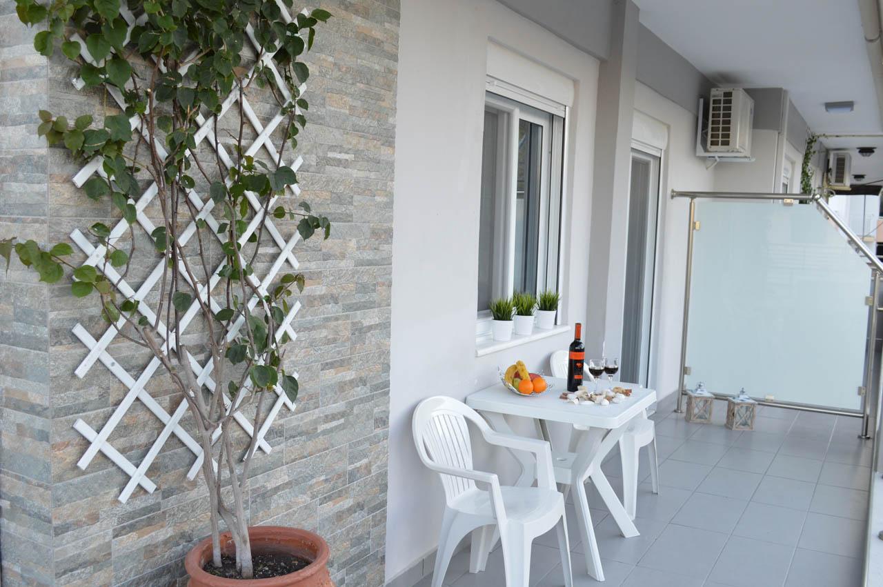 http://aqua-villas.gr/wp-content/uploads/2015/11/43.jpg