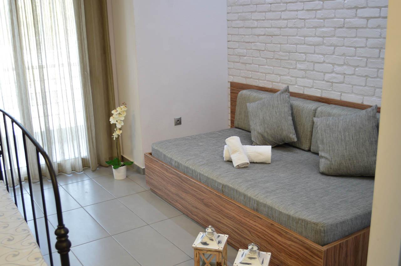 http://aqua-villas.gr/wp-content/uploads/2015/11/45.jpg